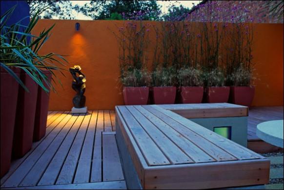 Back-yard-modern-deck-Orange-wall-582x391