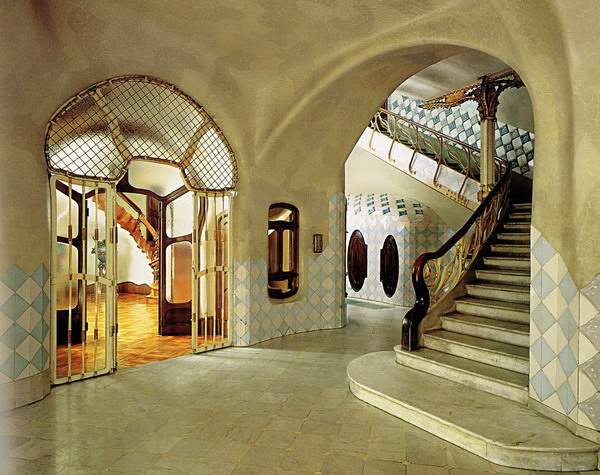 Casa Batlló by Antoni Gaudí 010