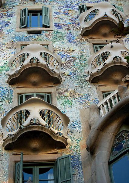 Casa Batlló by Antoni Gaudí 05