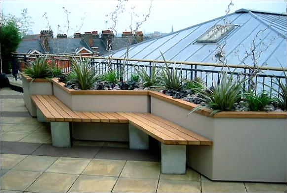 Rooftop-deck-Beautiful-plants-rock-garden-582x391