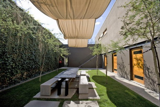 Gorgeous-Courtyard-design-defines-spaces-582x388