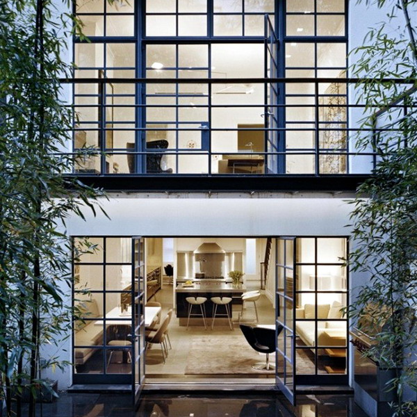 view-from-garden-into-townhouse1-665x678