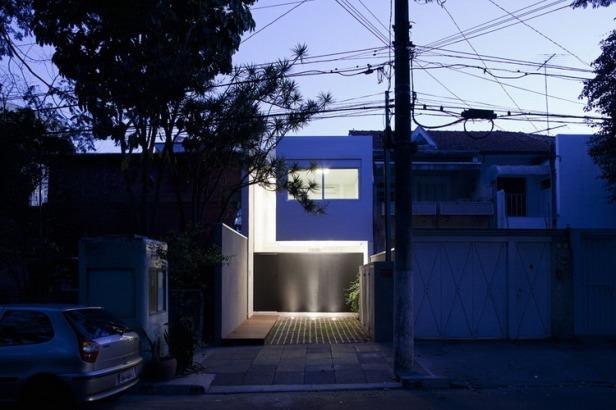 4x30-House-02