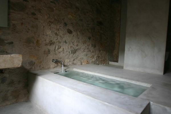 Main-suite-bathroom
