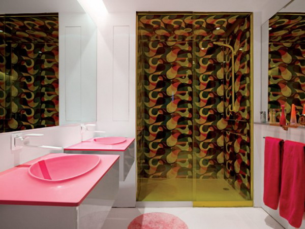 Karim-Rashid-funky-bathroom-designs
