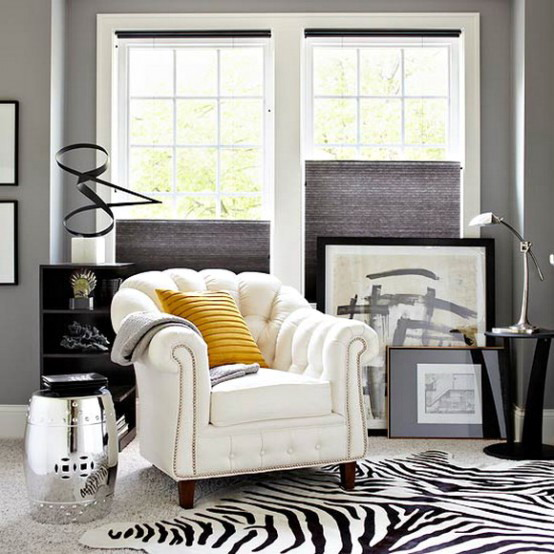black-and-white-in-traditional-living-rooms-21
