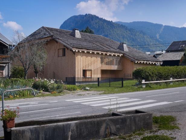 Villa Solaire by Jérémie Koempgen Architectects (JKA) + FUGA 02