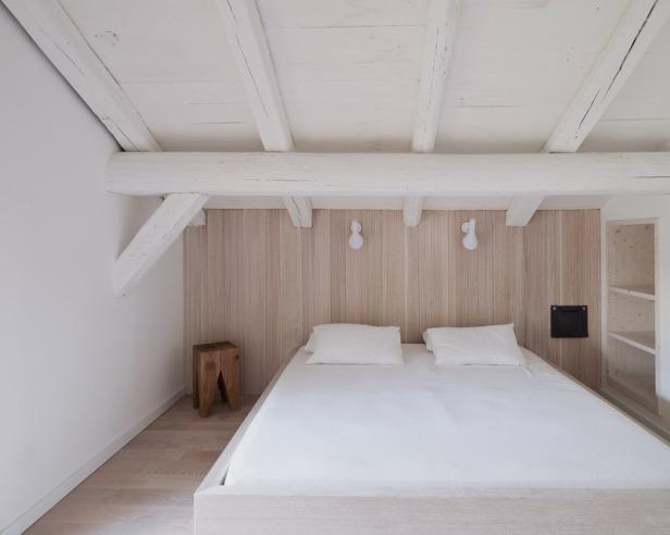Villa Solaire by Jérémie Koempgen Architectects (JKA) + FUGA 020