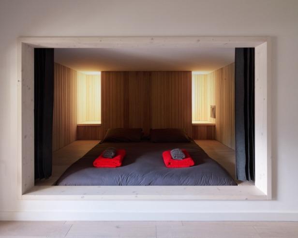 Villa Solaire by Jérémie Koempgen Architectects (JKA) + FUGA 021