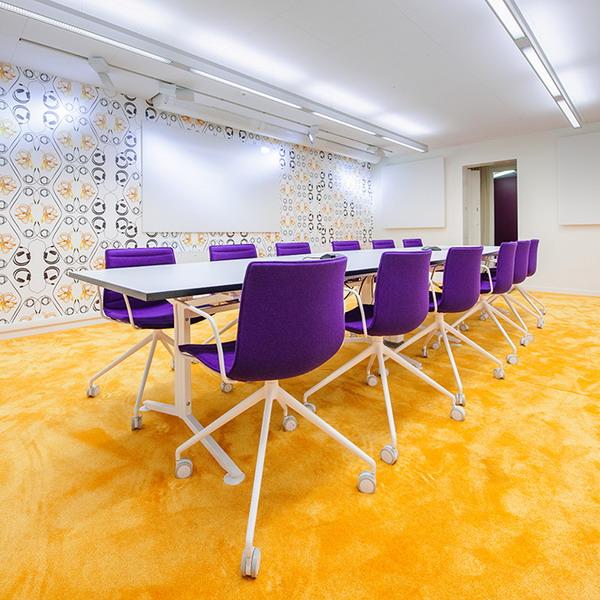 Skype-Meeting-room