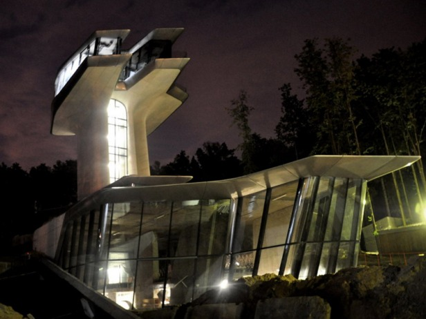 zaha hadid - spaceship house - 08