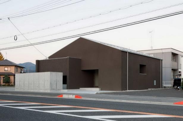 Gable House _ FORM _ Kouichi Kimura _ 01