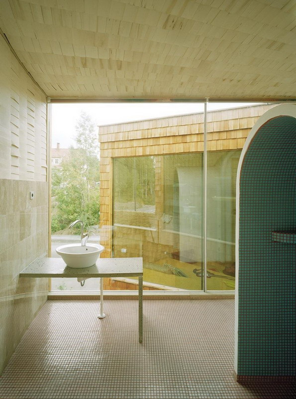 House in Espoo by Olavi Kopose_17