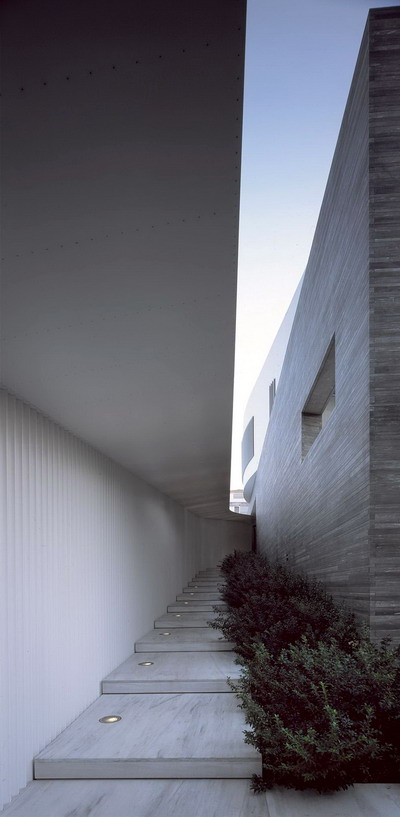Psychiko House by Divercity Architects_08
