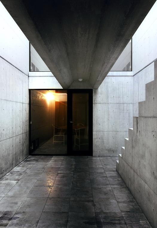 Azuma House Japan by Tadao Ando 08-2