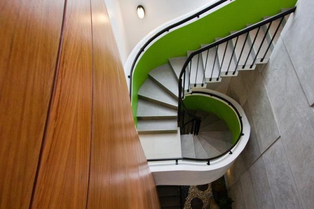 Kings-Road_Zubu_stairs2_pM