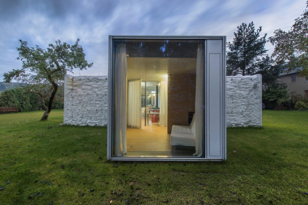 chameleon-house-petr-hajek-architekti_04