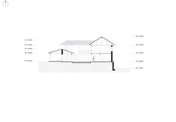 loma-house-iv-n-andr-s-quizhpe_section_-1-