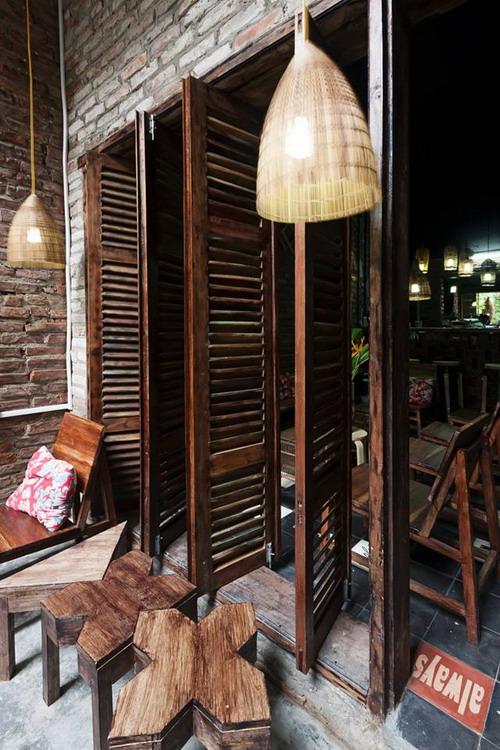 Thi Cafe 016