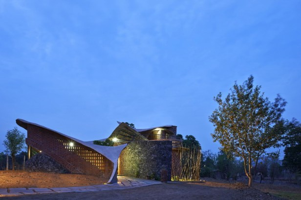 brick-house-istudio-architecture_01_1
