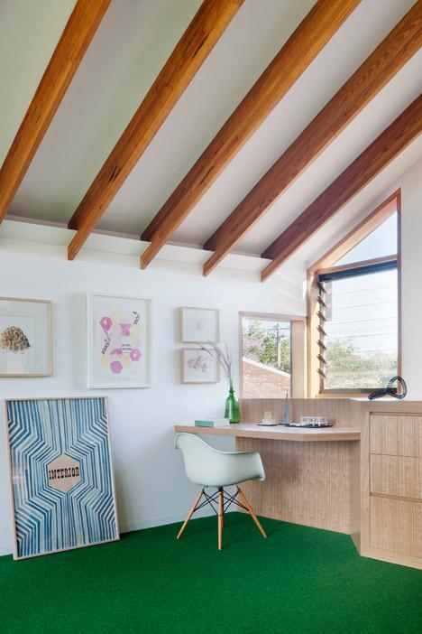 Dolls-House-by-BKK-Architects-photo-Shannon-McGrath_dezeen_468_11