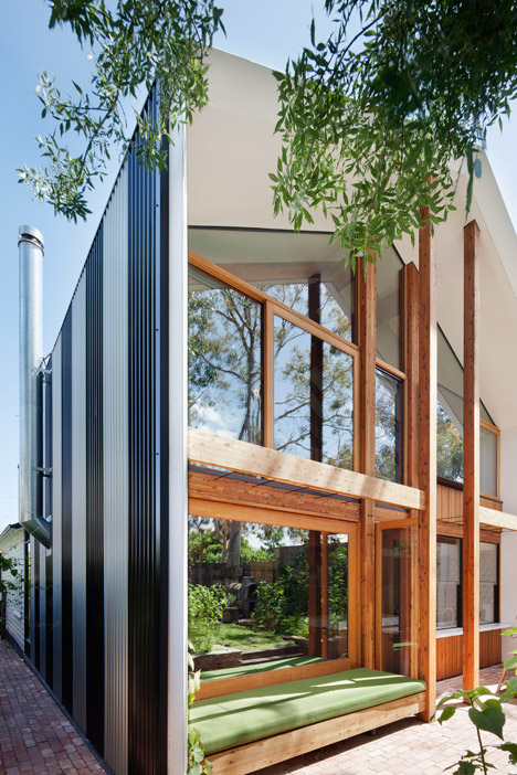 Dolls-House-by-BKK-Architects-photo-Shannon-McGrath_dezeen_468_2