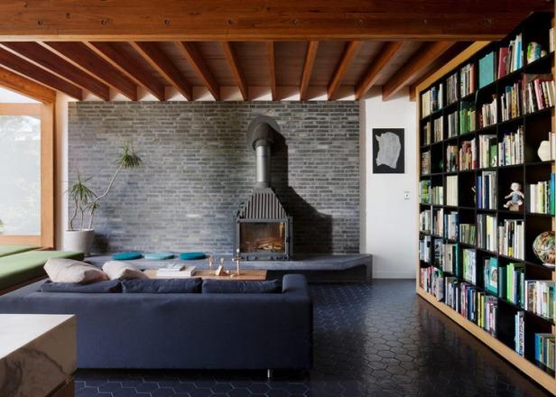 Dolls-House-by-BKK-Architects-photo-Shannon-McGrath_dezeen_784_0