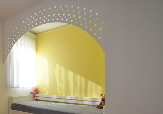 Nadja_Childrens_bedroom_yellow_by_Yannis_Drakoulidis_med