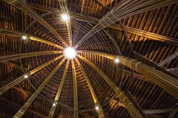 09_view-up-bamboo-dome