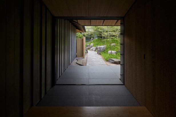 kengo-kuma-PC-garden-house-designboom-08