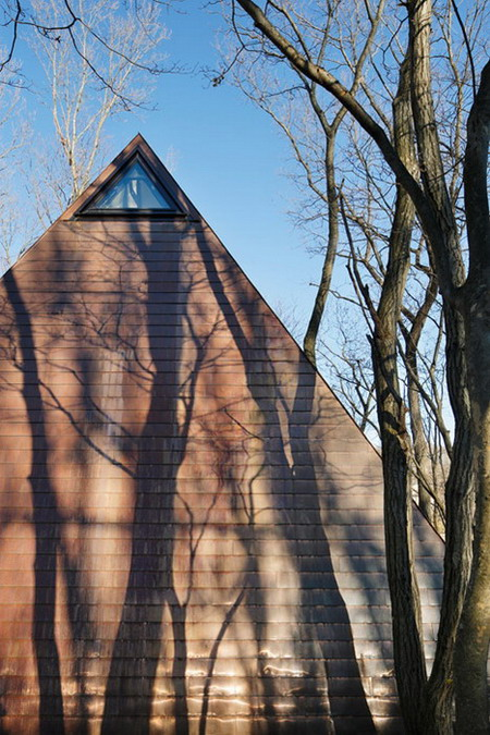 Nasu-Tepee-by-NAP-Architects_Koji-Fujii_dezeen_468_1