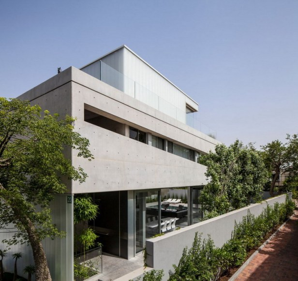 Stunning-Contemporary-Home-in-Ramat-Gan-09