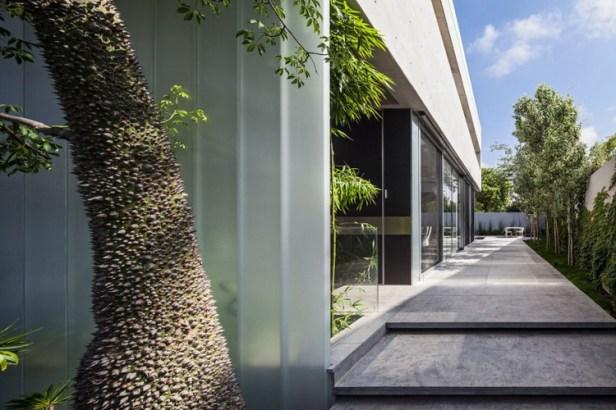 Stunning-Contemporary-Home-in-Ramat-Gan-10