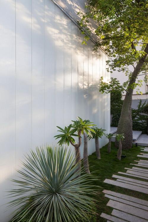 Stunning-Contemporary-Home-in-Ramat-Gan-15