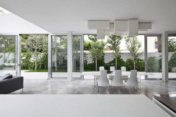 Stunning-Contemporary-Home-in-Ramat-Gan-21