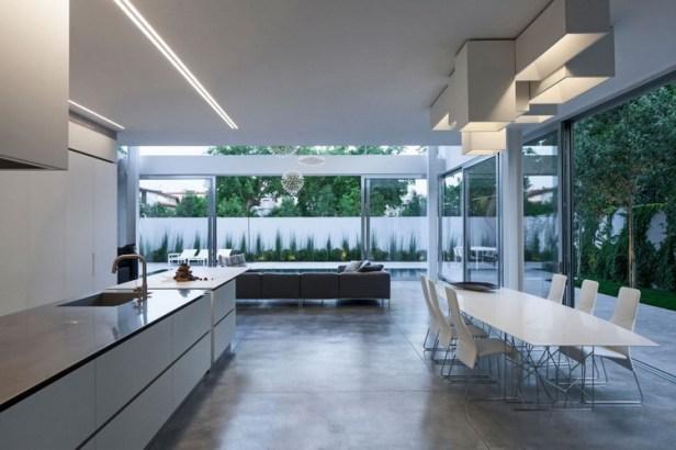 Stunning-Contemporary-Home-in-Ramat-Gan-30