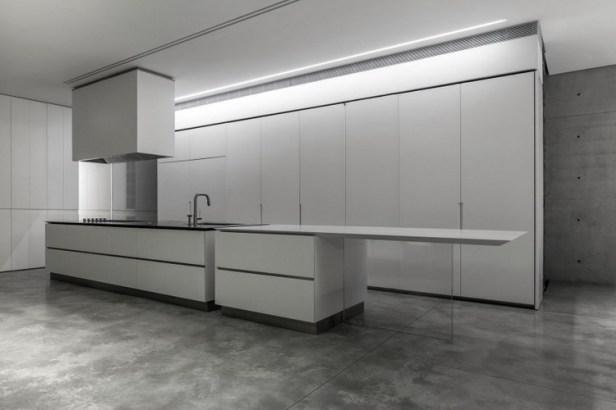 Stunning-Contemporary-Home-in-Ramat-Gan-32