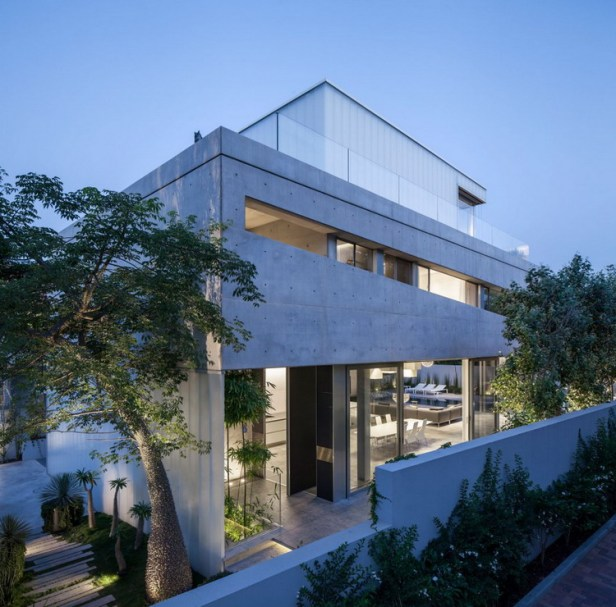 Stunning-Contemporary-Home-in-Ramat-Gan-42