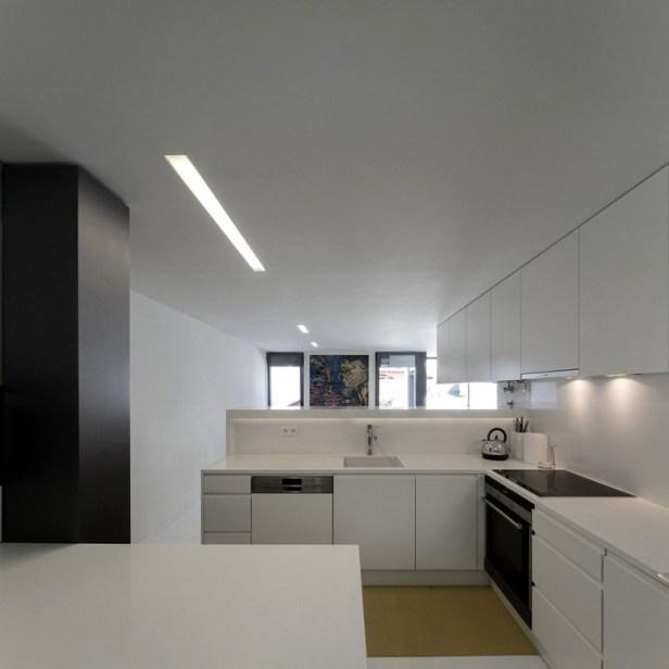 House-in-Restelo-05