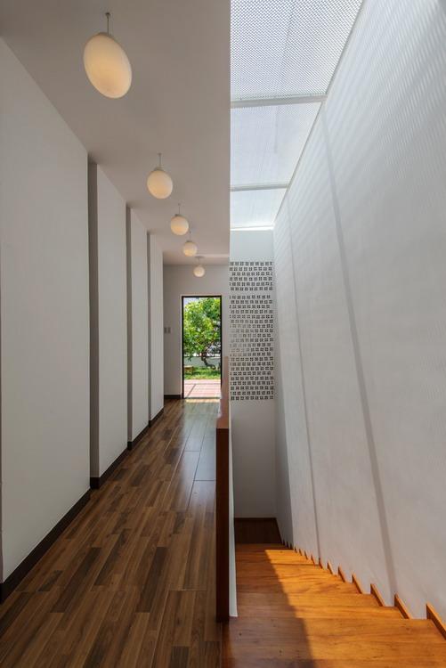 9._stairs___corridors_5