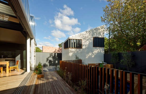 little-brick-studio-make-architecture_01_make_littlebrickstudio_peter_bennetts