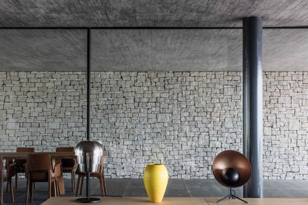 studio-MK27-marcio-kogan-caye-sereno-exclusive-villas-halong-vietnam-designboom-03