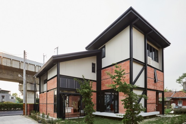 SPRING_HOUSE-Exterior-01