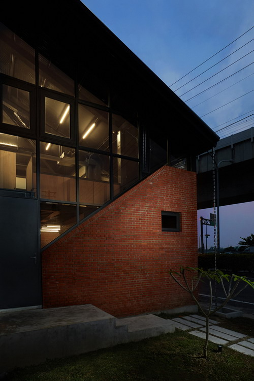 SPRING_HOUSE-Exterior-08