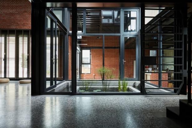 SPRING_HOUSE-Interior-04