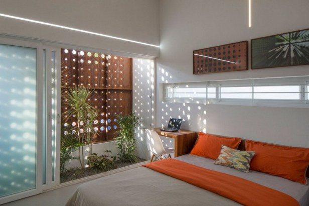 The-Breathing-Wall-Residence-24-850x566