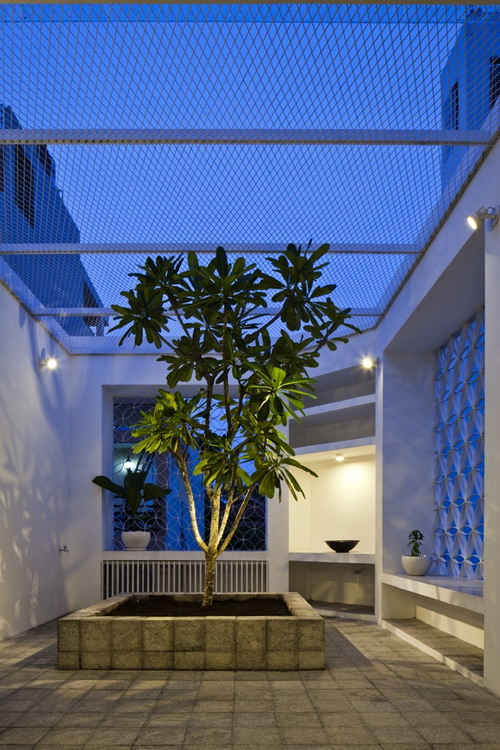 28-Roof_garden_nightview