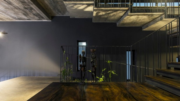 sth_interior_09a